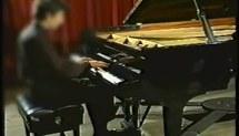 Mobilização de conhecimentos musicais na preparação do repertório pianístico ao longo da formação acadêmica : três estudos de casos (Vídeo 3)
